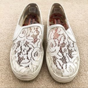 Skechers White Lace Slip On Loafers